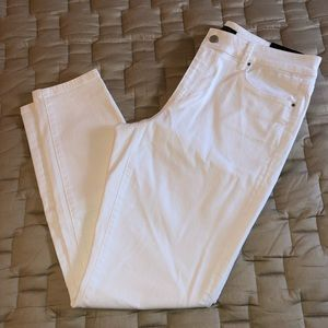 ✨NEW✨ Ann Taylor ladies white denim jeans size 10